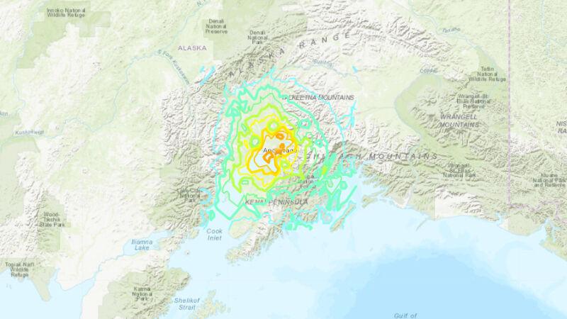 Lokalizacja trzęsienia ziemi na Alasce (USGS)