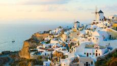 """Balon"" magmy podniósł Santorini"